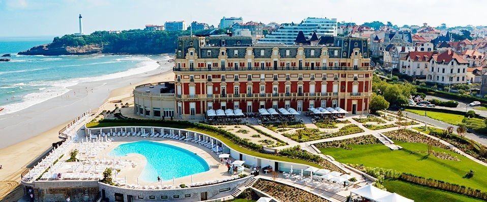 Lovely Hôtel Du Palais *****   Star In Your Very Own Historical Epic