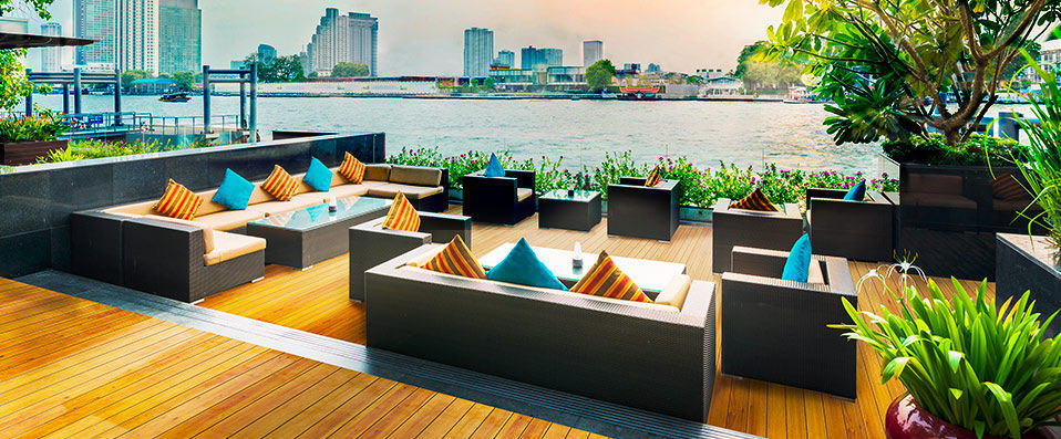 Royal Orchid Sheraton Hotel & Towers ***** - VeryChic